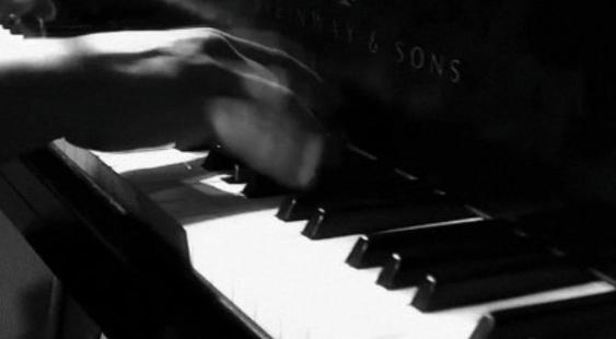 piano-negro
