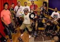 Assista Agora: DJ Hum e O Expresso do Groove | Programa Instrumental Sesc Brasil
